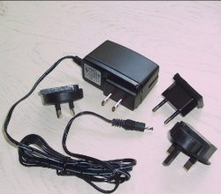 EURO style 100-240v to 9vdc Power Supply w/Worldwide adapter kit